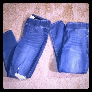2 pairs of Old Navy Rockstar jeggings